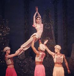 the Royal Ballet's Nutcracker - Arabian (Olivia Cowley, Rupert Pennefather, Eric Underwod)