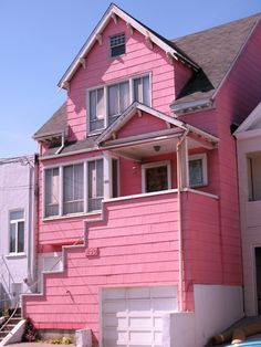 PINK PINK PINK  WOW! a real life pink beach house! SOLD! :)