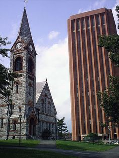 The Beautiful W.E.B. Du Bois Library and the Old Chapel at UMass Amherst. #college #campus #umass Find Your School at Wizkick.com!