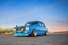 William Estrada's 1969 Toyota Corolla might not be as popular as its later-generation counterparts but there's no denying that it's still a cool car. Corolla Ke30, Corolla Wagon, Toyota Corolla, Toyota Hilux, Retro Cars, Vintage Cars, Best Muscle Cars, Best Classic Cars, Japan Cars