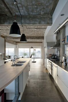 30 Cool Industrial Design Kitchens #beach #interior #design http://interior.nef2.com/30-cool-industrial-design-kitchens-beach-interior-design/  #industrial interior design # 30 Cool Industrial Design Kitchens Today industrial design is very famous. Usually industrial design is used in decorating old buildings and lofts. It is very specific design because you have to use old rough materials and furniture. Industrial design reminds of dark, cold spaces with bunch of old metal stuff, but that…