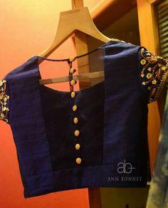 Beautiful Choli Blouse idea for Saree, Lehenga, via @topupyourtrip Indian Fashion, Desi Fashion