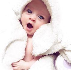 """""""Que sueñecito me entra después de la pisciiiii""""  #mamá #bebé #bebenube #canastilla #love #life"""