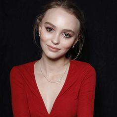 Les angoisses de Lily-Rose Depp https://fr.pinterest.com/disavoie11/