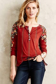 FlashSale 1 hr Anthropologie NWOT Embroidered top Absolutely gorgeous top with embroidered sleeves! Tiny brand at Anthropologie Anthropologie Tops Boho Fashion, Womens Fashion, Fashion Design, Fashion Trends, Estilo Hippie, Look Boho, Blouse Outfit, Couture, Clothes For Women