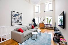 Ganhe uma noite no Classic Tribeca Loft-High Ceilings and Open Layout - Apartamentos para Alugar em Nova York no Airbnb!