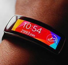 Gear Fit : le nouveau bracelet connecté de Samsung