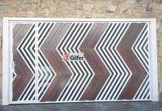 GM - 07 - Portão de Aço Tubular com Detalhe em Madeira