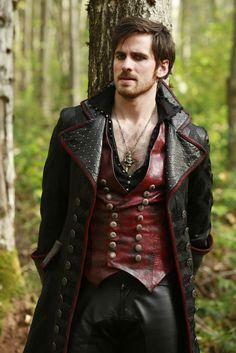 Captain Hook / Killian Jones (Colin O'Donoghue) - Once Upon A Time