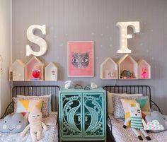 ¿Estás pensando poner unas estanterías en la habitación de los peques? ~ The Little Club. Decoración infantil para bebés y niños.