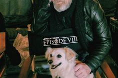 MARK HAMILL TWEETS OUT BEHIND THE SCENES SELFIE ON THE SET OF STAR WARS: EPISODE VIII