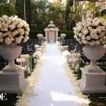 Beautiful Aisle, dramatic element at the start of the aisle
