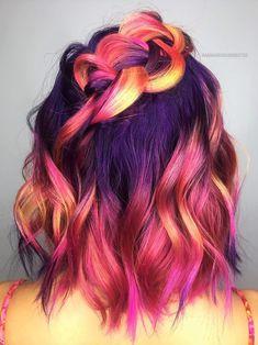 Hair Dye Colors, Hair Color Blue, Cool Hair Color, Bright Colored Hair, Bright Hair Colors, Cool Hair Dyed, Elumen Hair Color, Black And Green Hair, Blonde Color