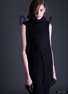 not_here_FW_2012_Fashion_Collection_Elena_Burenina_afflante_com_17_0