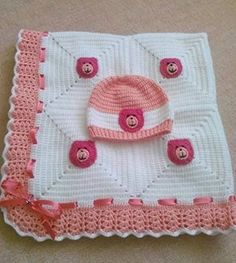 Baby Crochet Patterns Part 19 - Beautiful Crochet Patterns and Knitting Patterns Crochet Baby Dress Free Pattern, Crochet Blanket Patterns, Baby Blanket Crochet, Baby Patterns, Knitting Patterns, Crochet Blankets, Baby Blankets, Baby Set, Crochet Quilt
