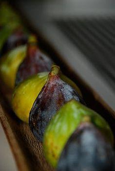 black currants   Fabulous fruit...!   Pinterest   Black Currants and ...