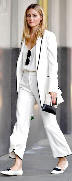 White suiting on Olivia Palermo street style - Office Outfits Office Looks, Look Office, Office Wear, Office Outfits, Mode Outfits, Fashion Outfits, Fashion Tips, All White Outfit, White Outfits