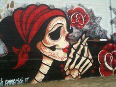 Amazing Skull Street Art, graffiti art, street art