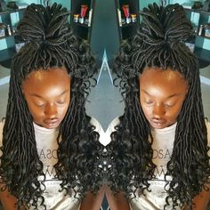"16 Likes, 1 Comments - Antoinette Bradley (@braidqueen_andy) on Instagram: ""Crochet Install Goddess Locs (free tress) Completion Time less than 1 hour #bookwithandy…"""