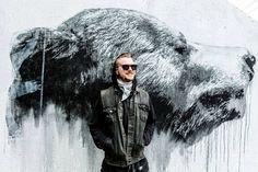 Jussi TwoSeven: Karhut (Bears) in underpass in Espoo
