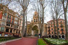 San Santiago, Basque Country, Tower, Plaza, Building, Madrid, Rocks, Travel, Beautiful