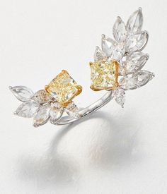 RAPAPORT JEWELRY MAGAZINE sur Instagram: [DIAMOND MONTH] This superb gold ring from @christiesjewels is set with two cushion-shaped, fancy-yellow diamonds of 2.13 and 2.02 carats… Colored Diamonds, Yellow Diamonds, Art Deco Jewelry, Ring Finger, On Your Wedding Day, Bridal Jewelry, Diamond Earrings, Gold Rings, Fancy