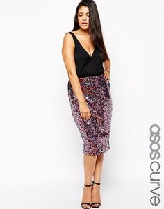 Enlarge ASOS CURVE Exclusive V-Neck Dress With Sequin Skirt (could i cut the top off and keep the skirt part by itself somehow?)