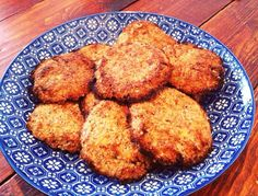 Pascale Naessens cookies of oat meal, banana and coconut Healthy Cookies, Healthy Sweets, Healthy Baking, Healthy Snacks, Pureed Food Recipes, Baby Food Recipes, Snack Recipes, Happiness Is Homemade, Lean Cuisine