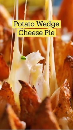 Fun Baking Recipes, Cooking Recipes, Good Food, Yummy Food, Tasty, Kreative Desserts, Potato Side Dishes, Potato Wedges, Appetizer Recipes