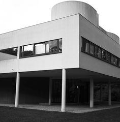 Villa Savoye / Le Corbusier | Julien Boudet | http://bleumode.com