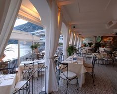 Romantic wedding reception in Amalfi Coast | Wedding inspo ...