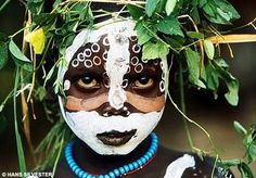 Natural Fashion: Tribal Decoration from Africa by Hans Silvester