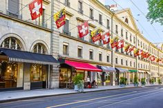Geneva, one of the most alluring cities in Switzerland is known for its stunning views of the Swiss Alps and the gorgeous Lake Geneva - 3 day itinerary. Lake Geneva Switzerland, Switzerland Cities, Geneva City, Uk Holidays, Swiss Alps, Free Travel, Travel Tips, Best Western, Places Of Interest