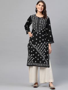 Ada Hand Embroidered Black Cotton Lucknow Chikankari Kurti – A130717 has a straight long finish along with straight hems #Ada #Adachikan #chikankari #kurti #cotton #shopnow #black