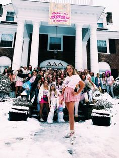Graduation should be celebrated as the day of success, a long and challenging process. The result of many years of … Sorority Bid Day, College Sorority, Sorority Sisters, Sorority Life, Sorority House Rooms, Sorority Rush Shirts, Sorority Recruitment Themes, Sorority Recruitment Outfits, Sorority Girls