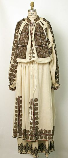 Romania, ensemble, cotton with wool embroidery, 19th c