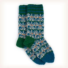 Inspired by traditional Faroese skóleistur (knitted slipper-like wool