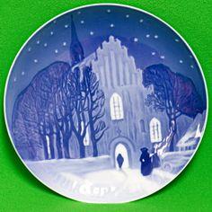 1912 B&G (Denmark) Christmas Collector Plate, Going To Church On Christmas Eve
