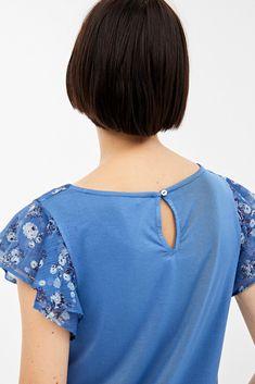 Ruffle Blouse, Trends, Collection, Women, Fashion, Dresses, Man Women, Cut Out Shoulder Top, Pants