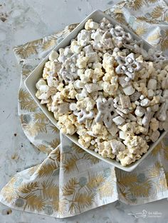 Winter Wonderland Snack Mix #ChristmasSweetsWeek
