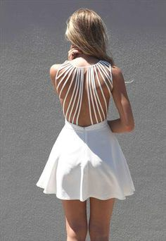 breathtaking: Xenia Boutique White Lattice back detail  from xeniaeboutique