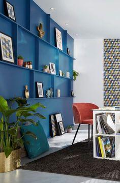 Blue Rooms, Lynx, Shelving, Design Ideas, Interior Design, Decoration, Home Decor, Blue Office, Geometric Wall