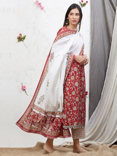 Red White Hand Block Printed Cotton Kurta with Palazzo and Mulmul Dupatta - Set of 3 Kurta Designs Women, Blouse Designs, Indian Attire, Indian Wear, Indian Dresses, Indian Outfits, Casual Indian Fashion, Kurta Palazzo, Indian Designer Suits