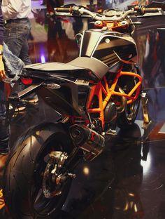 KTM DUKE690 2012