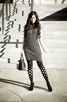 These charming polka dot tights design by Zohara will give you a wonderfully bold statement look. the black opaque tights feature Grey polka dots pattern. Vestido Zig Zag, Zig Zag Dress, Black And White Tights, Black Opaque Tights, Polka Dot Tights, Patterned Tights, Polka Dots, Fashion Tights, Tights Outfit