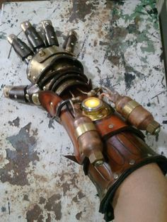 Steampunk Equalist Glove arm armor by SkinzNhydez on Etsy Gants Steampunk, Steampunk Gloves, Moda Steampunk, Steampunk City, Steampunk Weapons, Steampunk Gadgets, Steampunk Cosplay, Steampunk Accessories, Steampunk Design