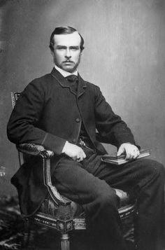 Louis IV, Grand duc de Hesse (1837-1894) fils du prince Charles de Hesse-Darmstadt et de la princesse Elisabeth de Prusse