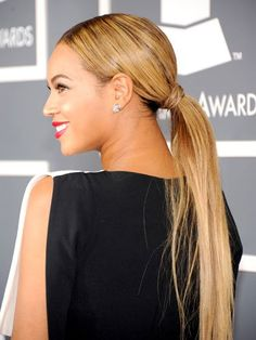 Wrap an extra piece of hair around your elastic band for a sleek, fashion-forward #ponytail. #Beyonce #hair