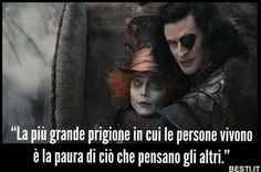 La più grande prigione Tumblr Quotes, Life Quotes, Beatiful People, Jonny Deep, My Mood, Funny Cute, True Stories, Cool Words, Alice In Wonderland
