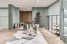 Retail Design shortlist for the 2019 Australian Interior Design Awards. Australian Interior Design, Interior Design Awards, Retail Interior, Interior Shop, Showroom Design, Terrazzo Flooring, Timber Flooring, Stone Flooring, Dark Interiors
